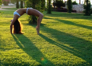 Once you get to full wheel on tiptoe, you get to rock your bra AND panties in the park. Photo by Talia22.